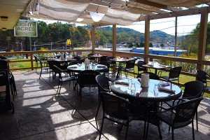 Outdoor Patio | Eighty Acres Kitchen & Bar